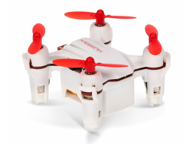 QUADCOPTER 22X22MM